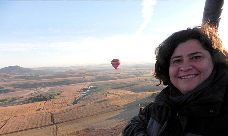 Amazing views of the Drakensberg seen from above in a hot air balloon.